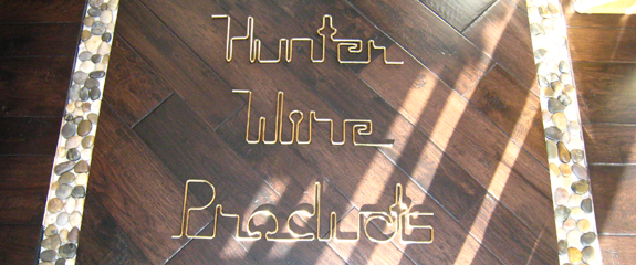 Leo's Hunter Wire Products sign